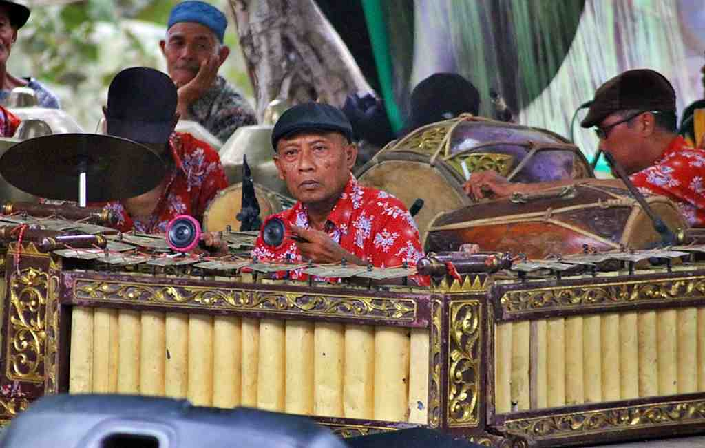 http://infopublik.id/resources/album/juli-2019//PENABUH_INSTRUMEN_GAMELAN_JAWA_compressed.JPG